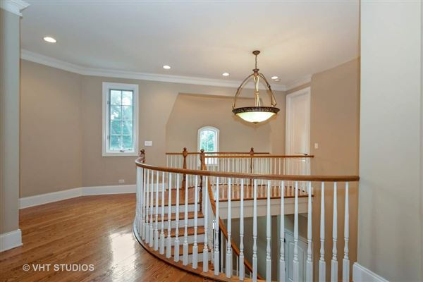 Mansions wonderful home with a lovely bright and open floor plan