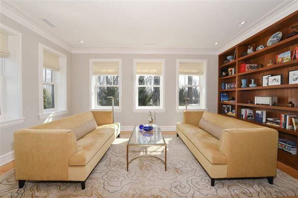 Luxury real estate prime East Wilmette home