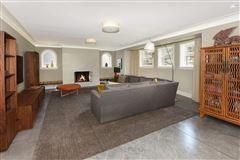 prime East Wilmette home luxury real estate