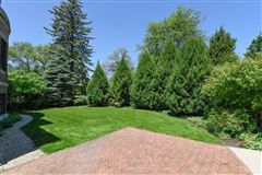 Mansions prime East Wilmette home
