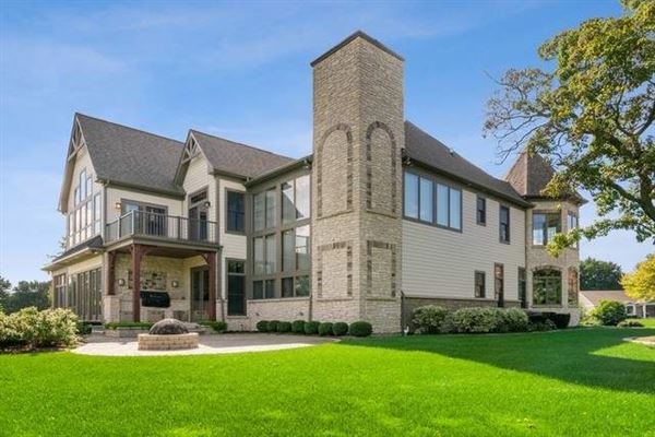 Mansions in wonderful home in Cress Creek