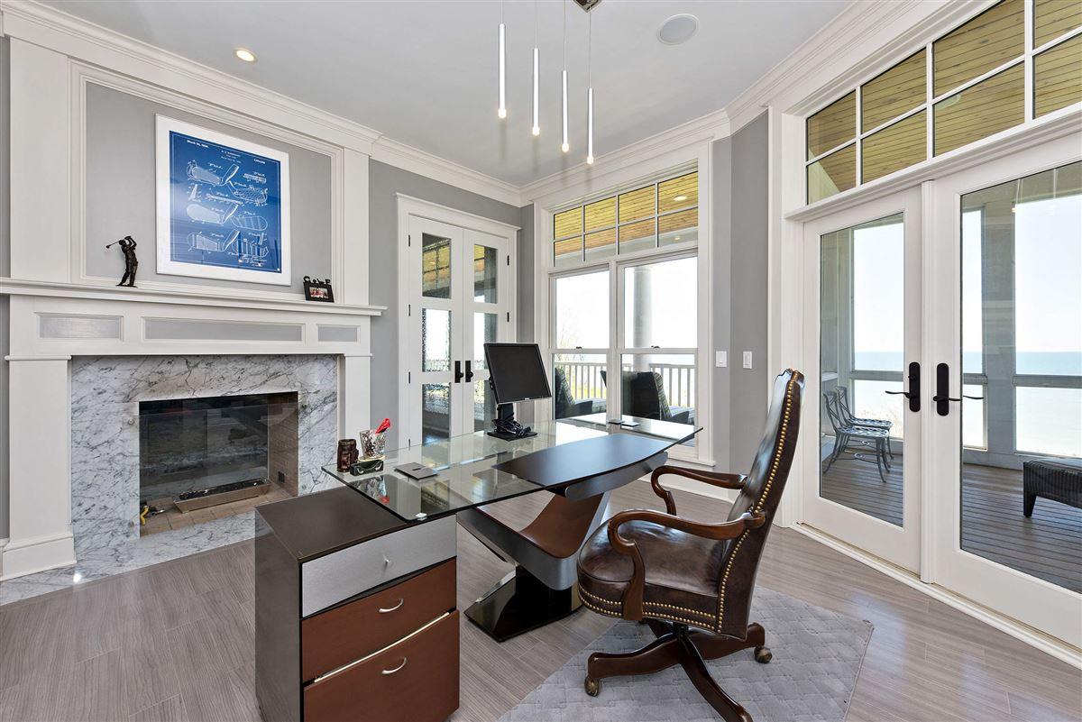 Luxury properties Stunning Lake Michigan Hamptons Style home