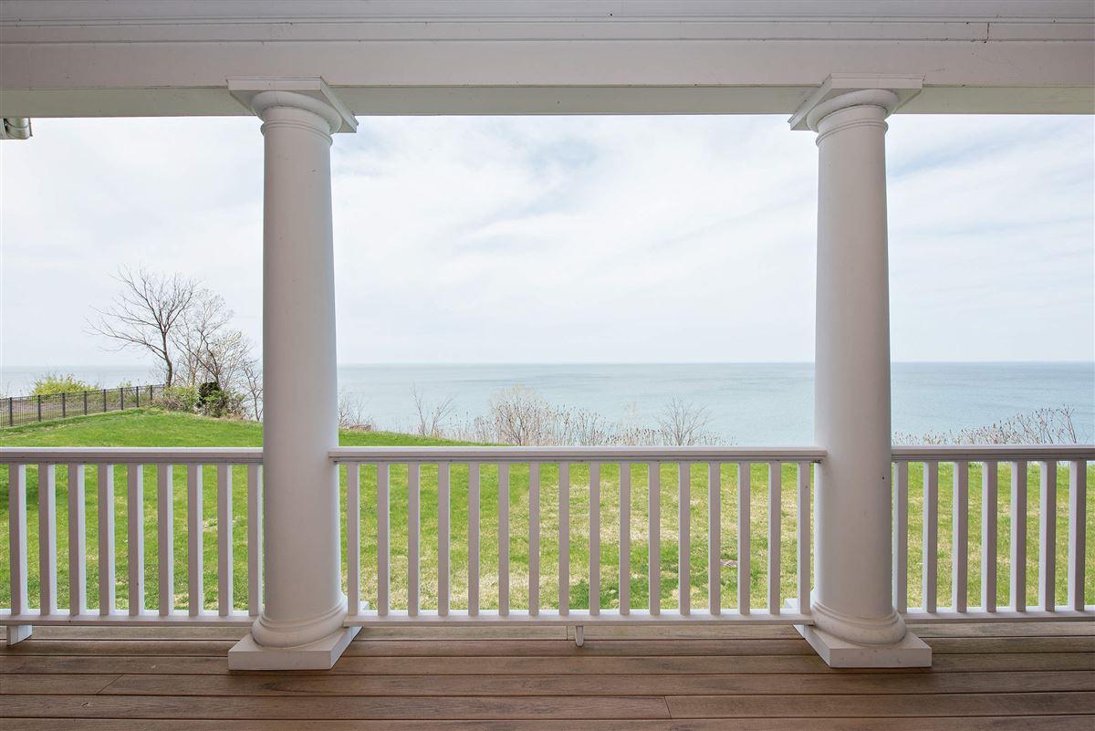 Stunning Lake Michigan Hamptons Style home luxury real estate
