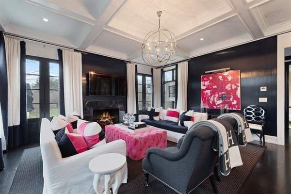 Luxury homes in Fantastic newer home