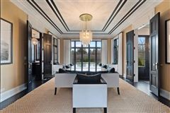 Luxury properties Fantastic newer home
