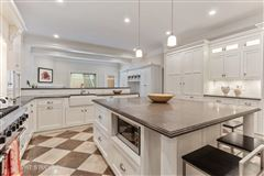 Sundrenched six bedroom in the Southport Corridor luxury real estate