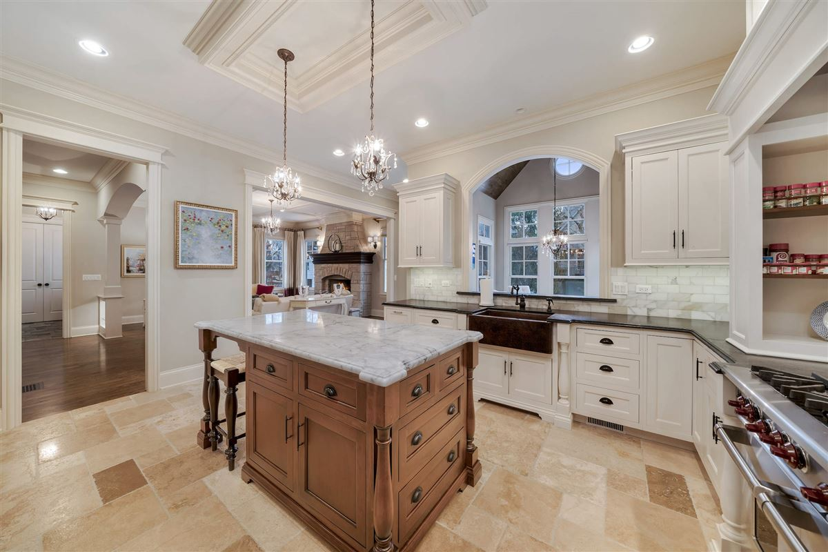 Exceptional hinsdale luxury home luxury real estate