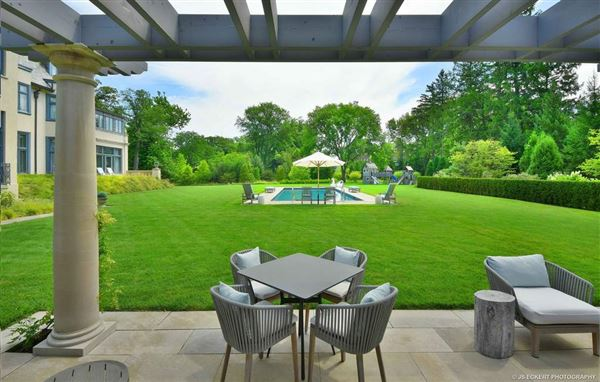 Luxury real estate Exquisite beyond compare