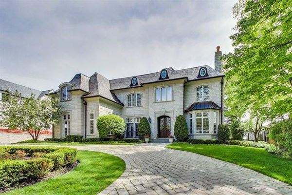 home on the lake in East Highland Park luxury homes