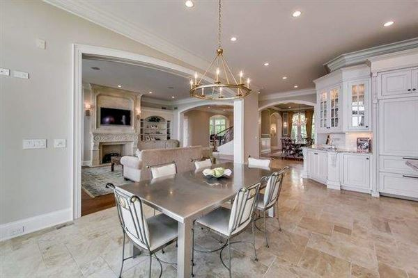 Luxury real estate home on the lake in East Highland Park
