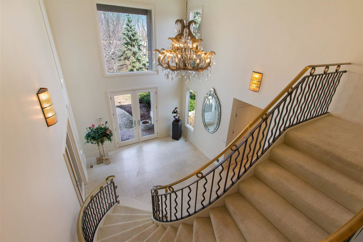 Luxury homes private luxurious masterpiece