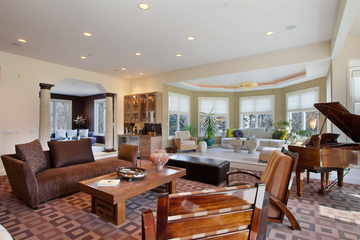 Luxury homes in private luxurious masterpiece