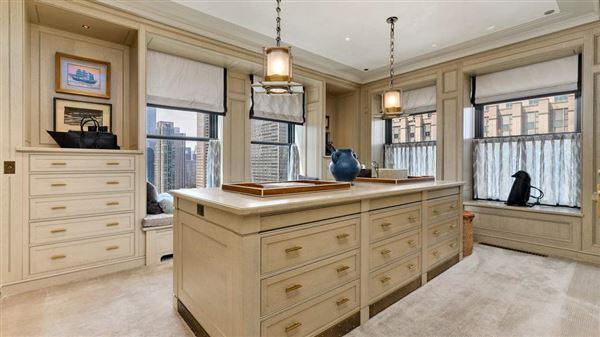 Full-floor Art Deco masterpiece luxury properties