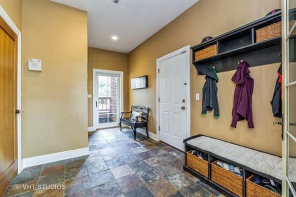 Luxury properties Stately brick Colonial for rent
