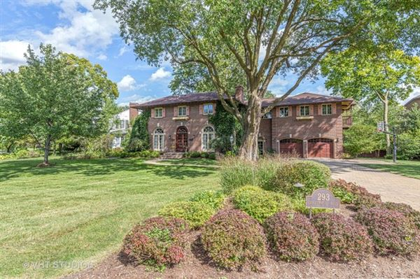 Mansions Stately brick Colonial for rent
