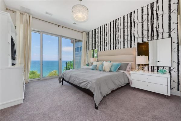 Luxury properties Stylish Lake Michigan home with spectacular views