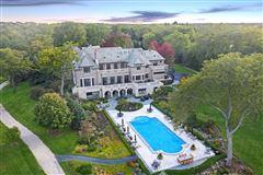 beautiful lakeside estate mansions