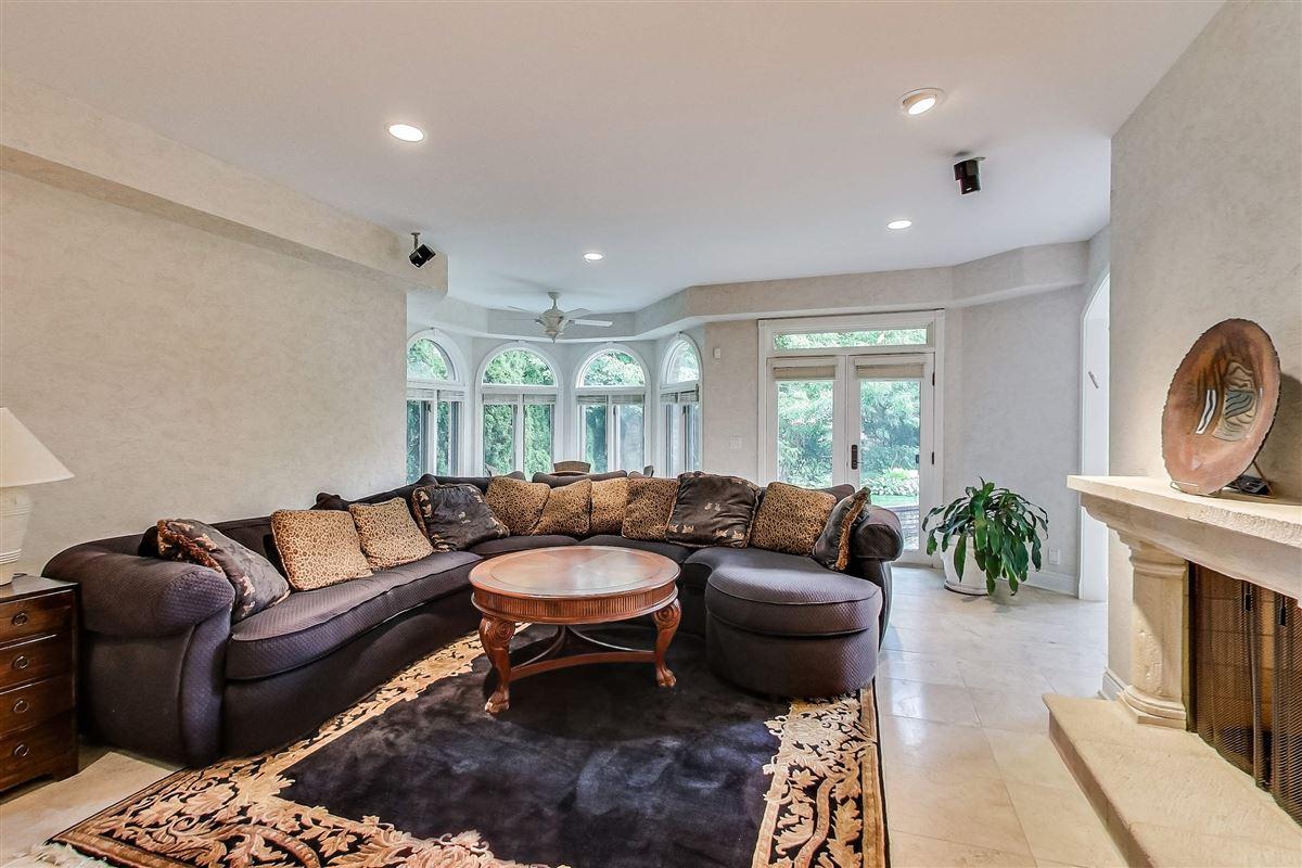 elegant home in Devonshire luxury real estate