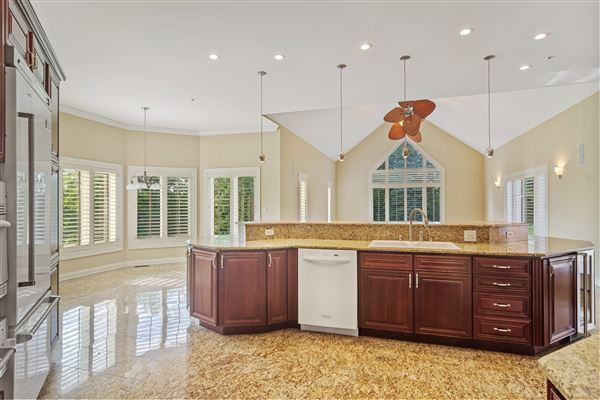 Luxury homes SPECTACULAR White Oak Estates custom home