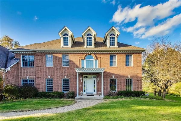 Mansions all brick rental home on four acres
