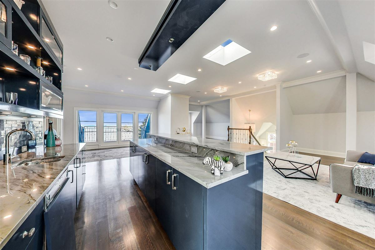 Luxury properties amazing lakefront opportunity