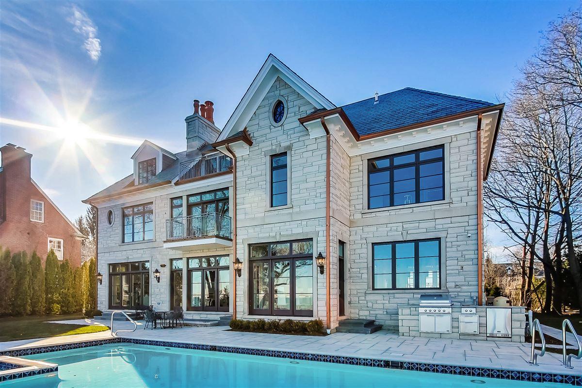 amazing lakefront opportunity luxury homes
