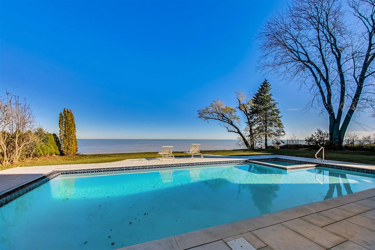 amazing lakefront opportunity mansions