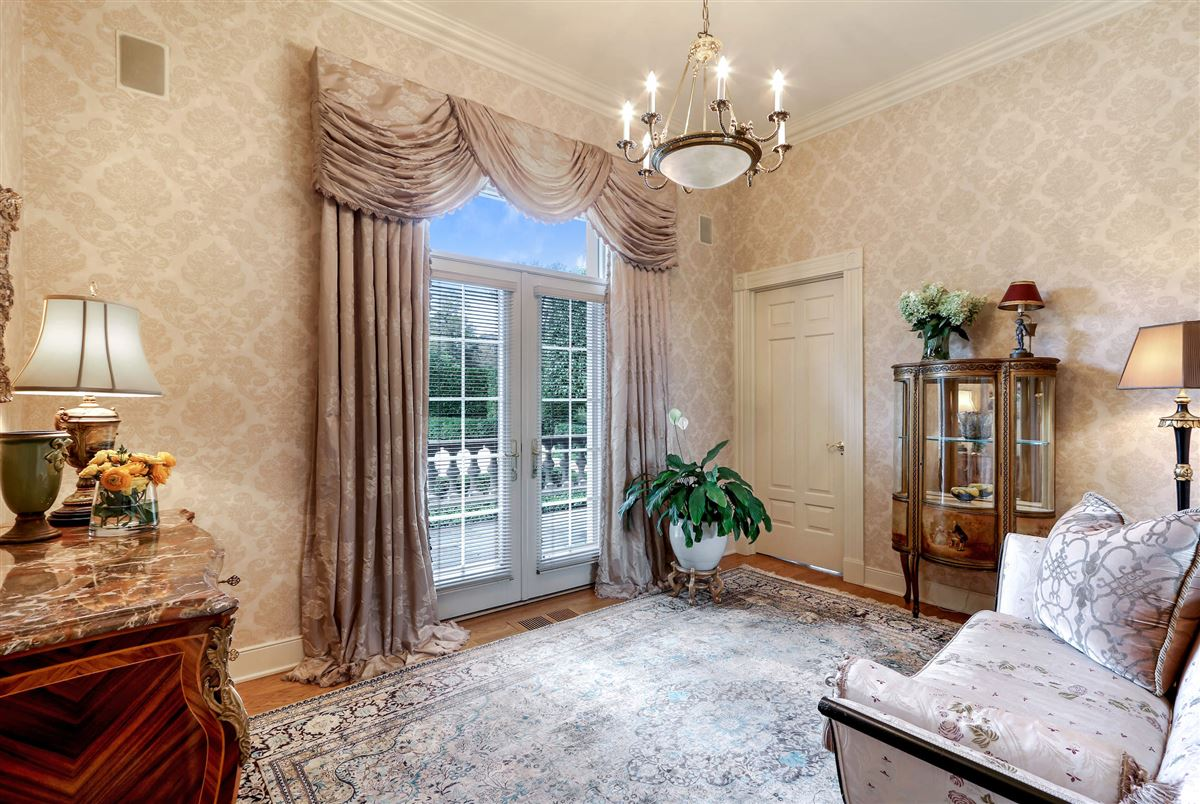 magnificent 12-plus acre lake michigan estate luxury homes