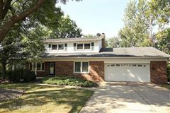 Highly Desirable Rental luxury real estate