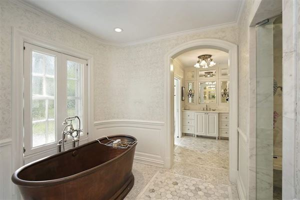 Luxury homes Exceptional home with Exquisite original details