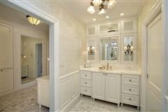 Mansions Exceptional home with Exquisite original details