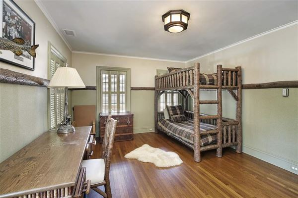 Luxury properties Exceptional home with Exquisite original details