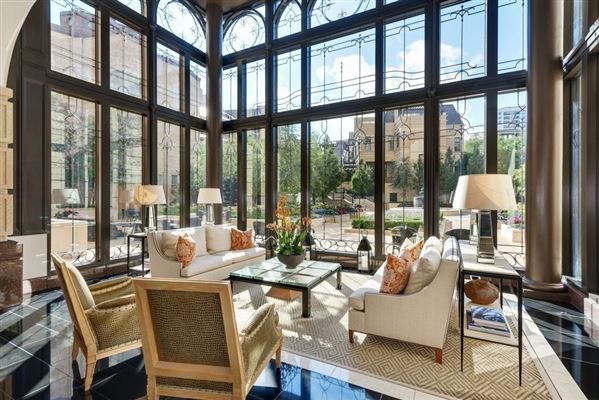remarkable penthouse in the prestigious LP2550 luxury real estate