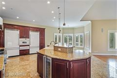 Mansions spectacular White Oak Estates custom home for rent