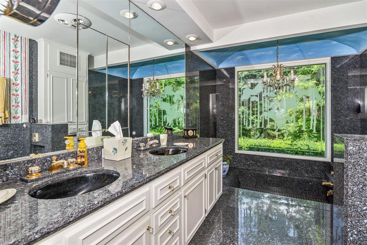 Luxury real estate Green Gate