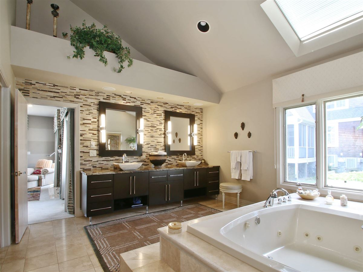 Luxury homes in magnificence