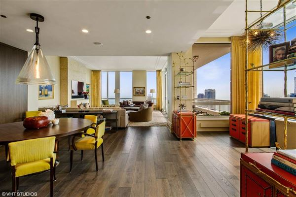 Mansions in One of the best luxury floor plans in city