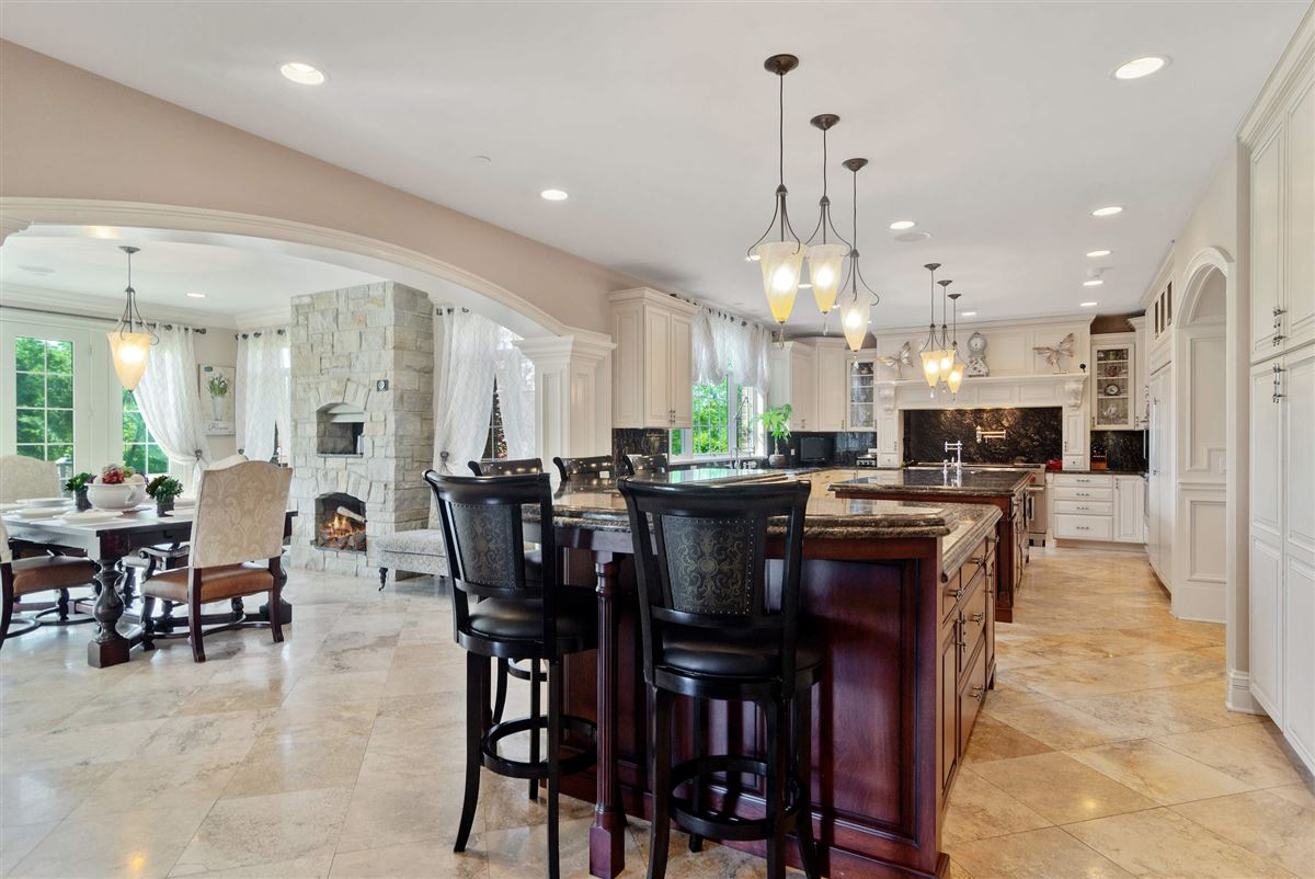 Luxury real estate a magnificent home