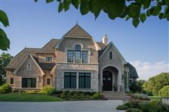 Luxury homes in an Exquisite home
