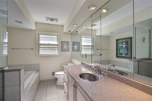 rental in a coveted East Glencoe location luxury properties