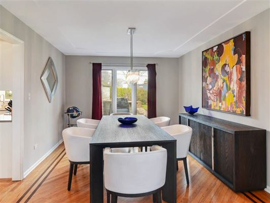rental home in very convenient location luxury homes