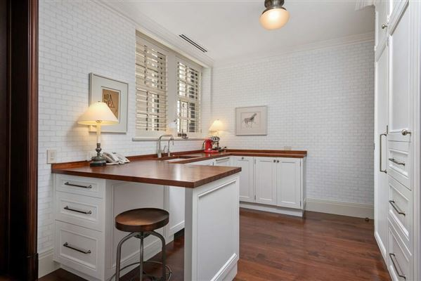 total renovation in premier Gold Coast co-op  luxury properties