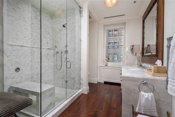 Luxury homes in total renovation in premier Gold Coast co-op