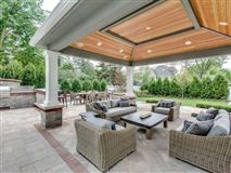 Luxury properties a private property in the woodlands