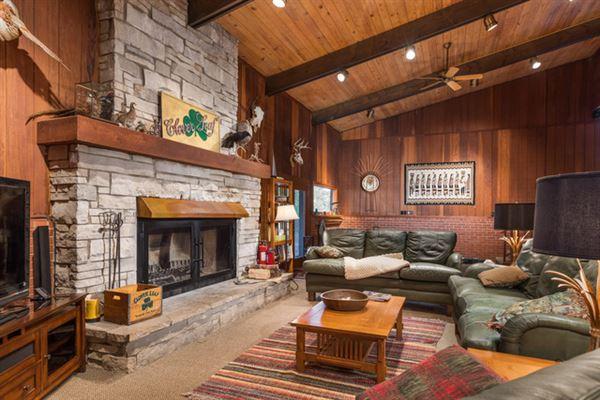 Mansions Cloverleaf Ranch