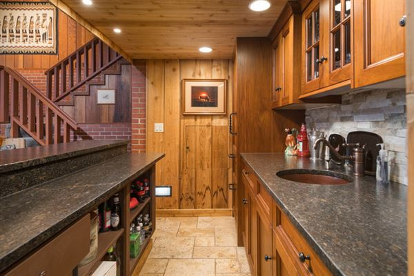 Cloverleaf Ranch luxury homes