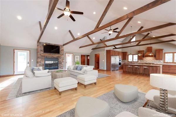 Luxury homes Amazing offering in Trinke Estates