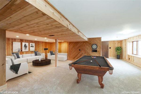 Luxury homes in Amazing offering in Trinke Estates