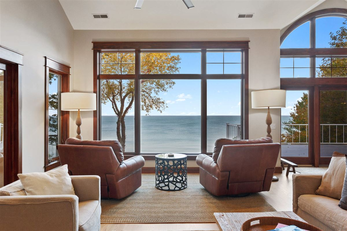 spectacular Lake Michigan home with sandy beach luxury homes