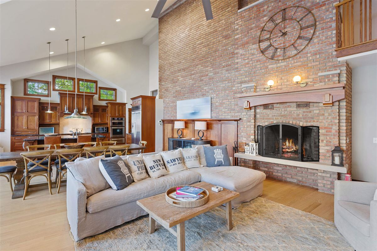 spectacular Lake Michigan home with sandy beach luxury properties